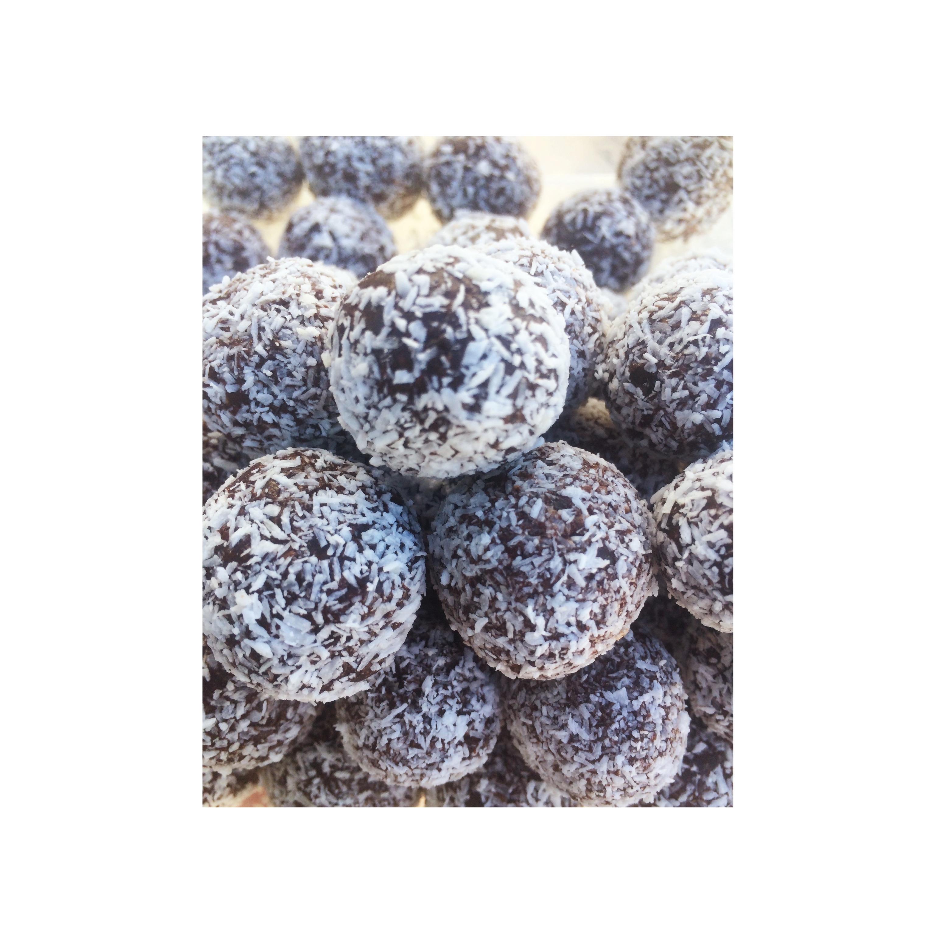 Rich Chocolate Fruit Truffles