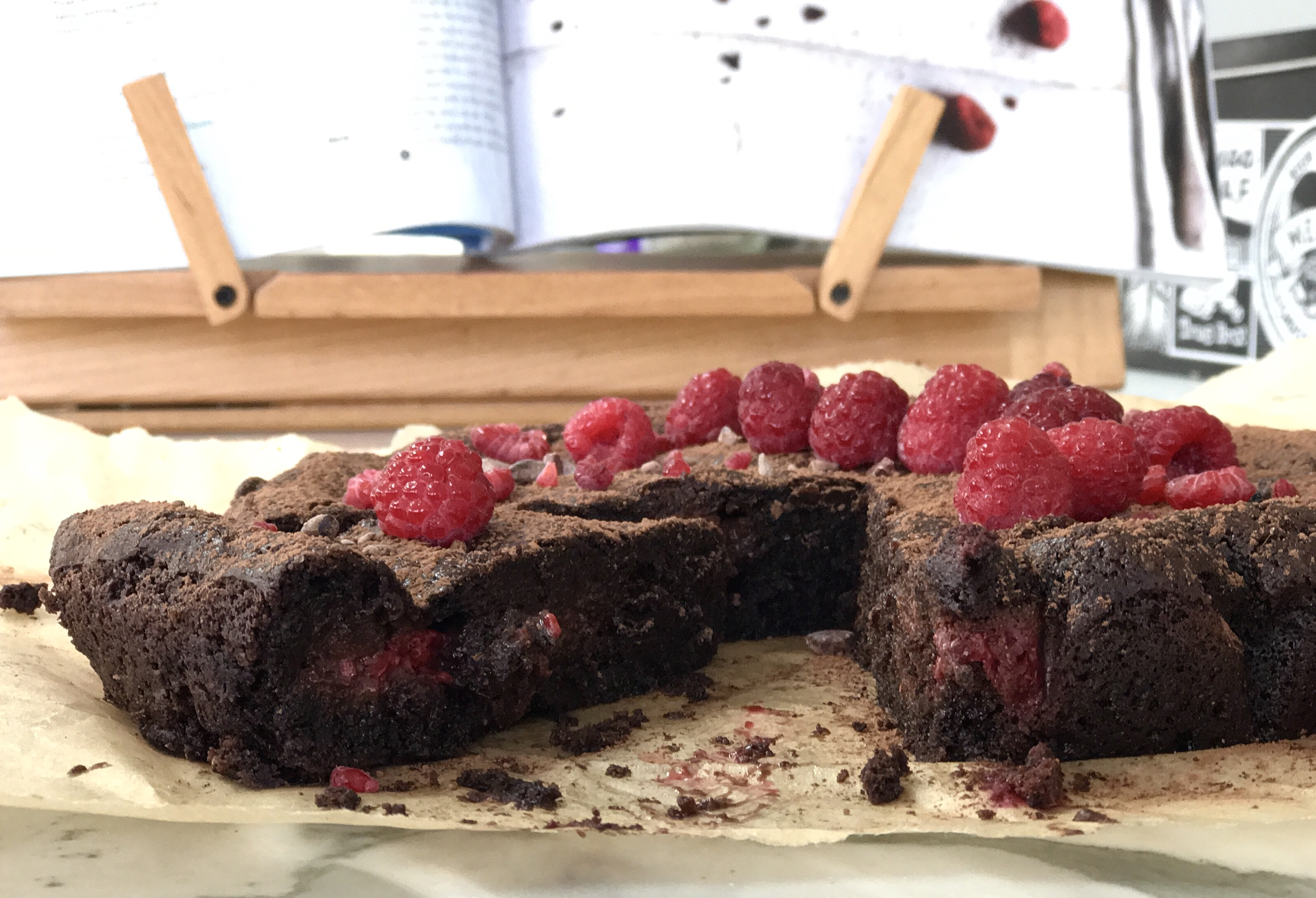 Chocolate raspberry brownie cake