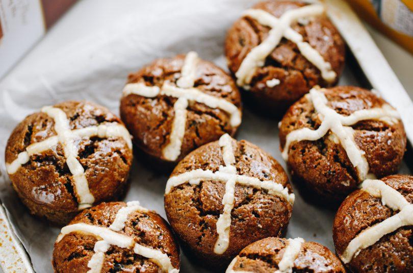 Hot Cross Bun Muffins